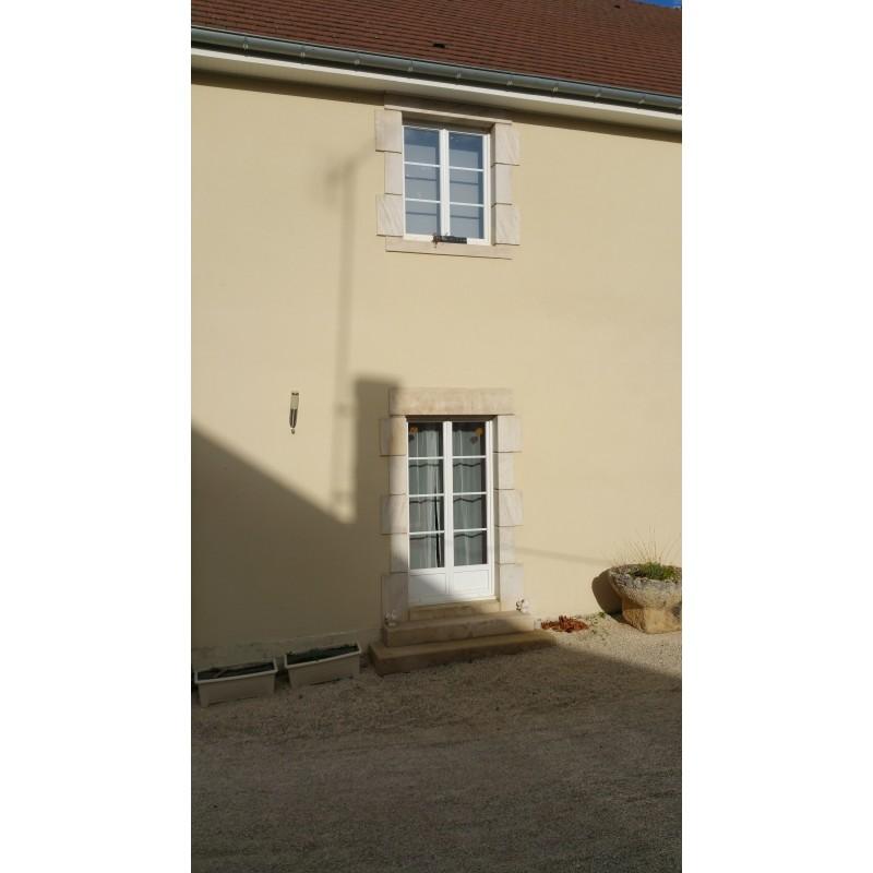 encadrement de porte en pierre encadrement porte pr pierre ordinaire encadrement porte d. Black Bedroom Furniture Sets. Home Design Ideas